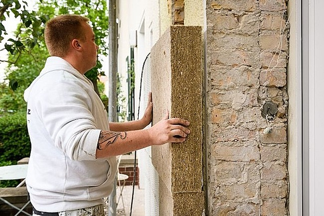 Die Fassade zu dämmen ist Pflicht, wenn mehr als 10 Prozent der Fläche erneuert werden.